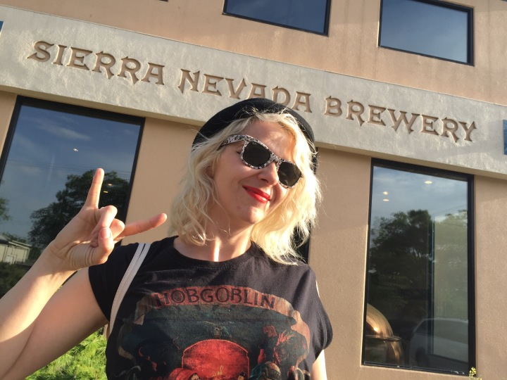 craft beer pinup, sierra nevada, brewery tour, review